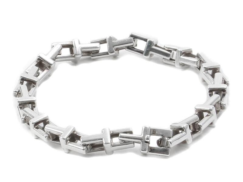 brand new 171a9 a51a6 Tiffany & Co.より高級感溢れる「Tチェーンブレスレット」が入荷 ...